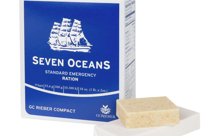 Seven OceanS packet with food