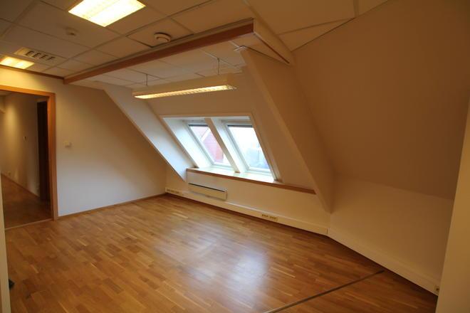 Fint lysinnslipp, 3 etasje.