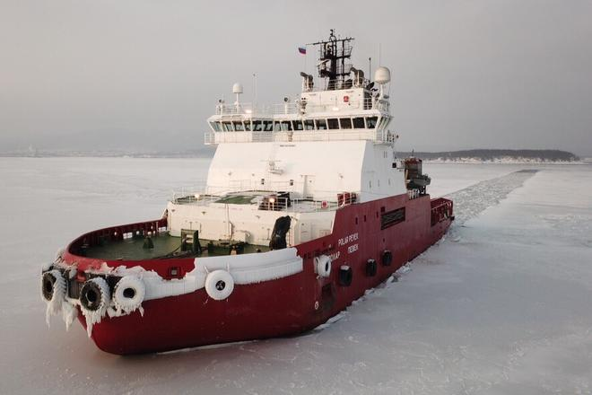 Polar Pevek ice-breaking tug boat